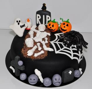 Halloweentårtg